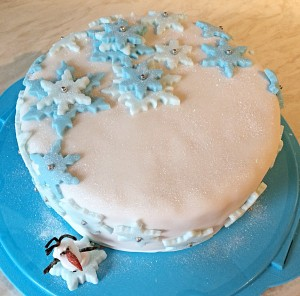 It's The Most Wonderful Time Of The Year or how about sharing a slice of Christmas cake? www.feastingisfun.com