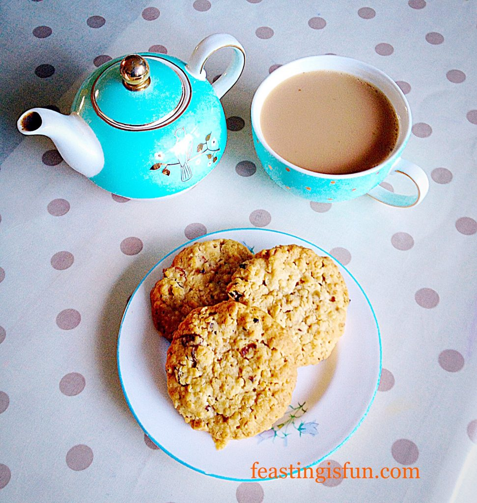 FF Apricot Oat Crumble Cookies