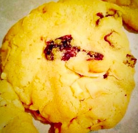 Almond and Cranberry Cookies