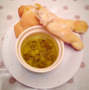 Crunch Breadsticks with Garlic and Herb Dipping Oil