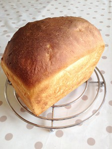 The same loaf baked the following day for 20 minutes in its tin - I forgot to turn the oven temp down!!!!!