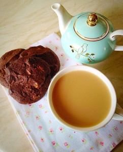 These Extreme Chocolate Cookies - perfect with a cup of tea!