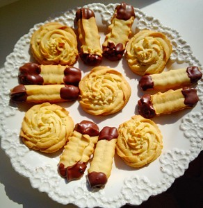 Cup of tea anyone? Chocolate Dipped Viennese Fingers and Swirls.