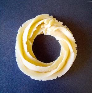 """Pipe a swirl, approx 5cm/2"""" across."""