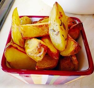 Baked Garlic Herb Potato Wedges - delish!