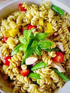 Chicken Pasta Pesto Salad - delicious, nutritious and so easy to make!