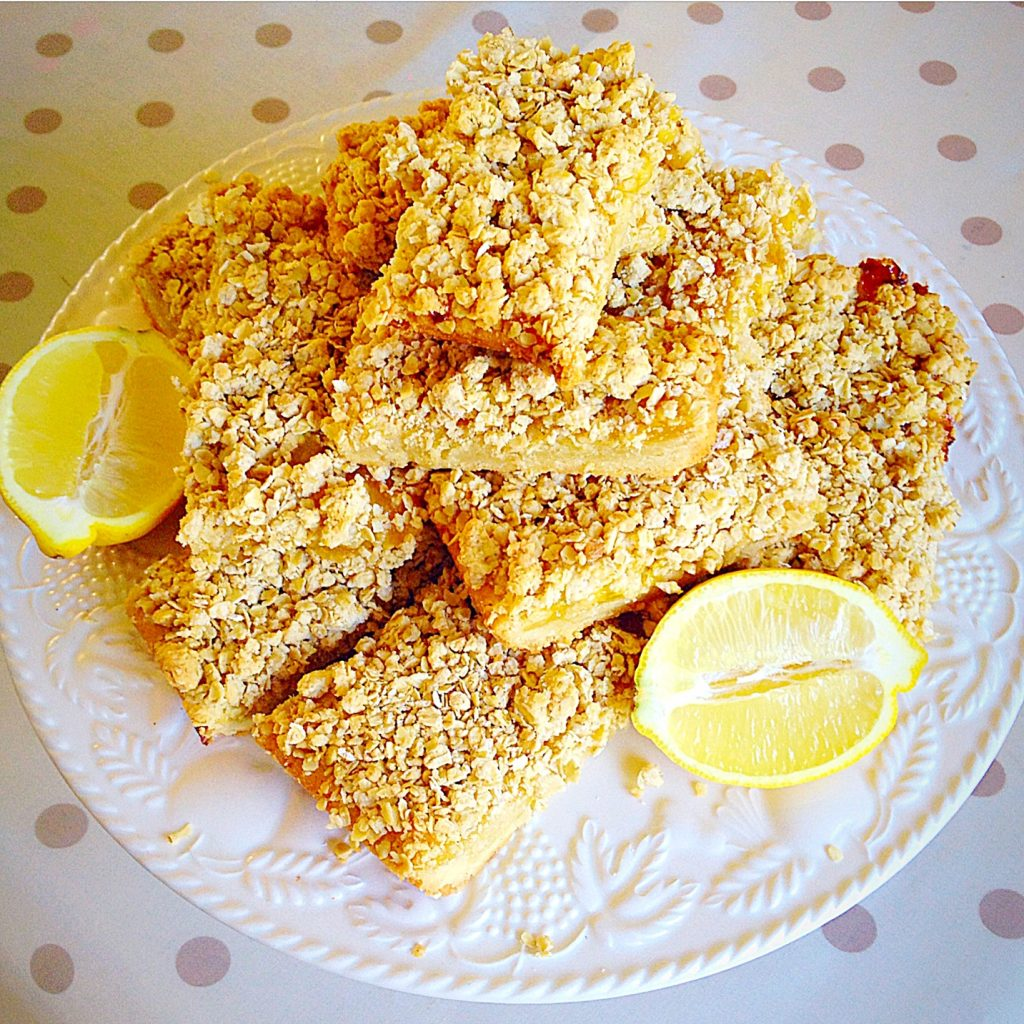 Oat topped lemon shortbread bars
