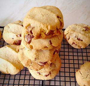 Hazelnut Chocolate Chunk Cookies Gluten Free - if you can't eat Gluten, you can have these!!