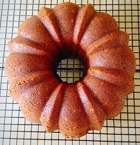 Chocolate Hazelnut Bundt Cake - soo pretty!