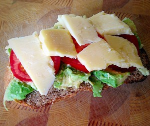 Lunch - as slice of Wholemeal Cob Loaf with Avocado, sliced Tomatoes and Strong Cheddar - delish!