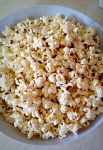 Vanilla Sugar Popcorn - tip the popcorn into a large bowl.