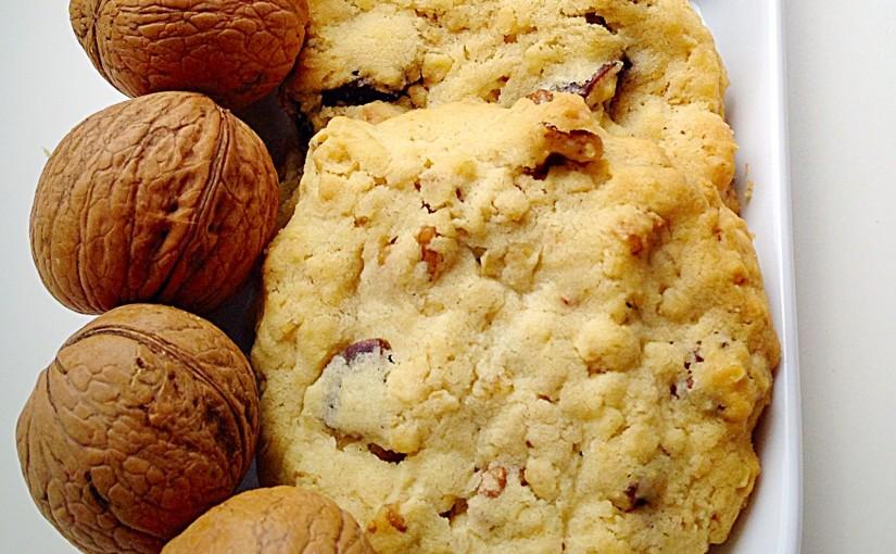 Walnut Fig Oat Cookies