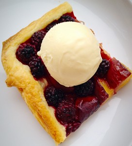 Blackberry Nectarine Tart - a perfect summer dessert, even in the winter.