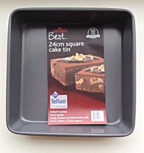 Wilko Best 24cm Square Cake Tin