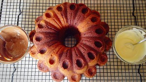 Marbled Chocolate Bundt Cake - once cooled melt the chocolate ready to decorate your cake!