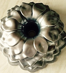 This is the Nordicware Blossom Bundt Tin