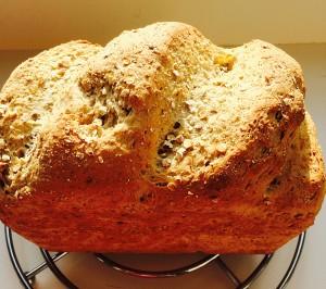 Oat Bran White Bread I almost called this a Porridge Loaf! www.feastingisfun.com