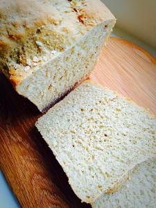 Oat Bran White Bread crunchy crust and delicious crust www.feastingisfun.com