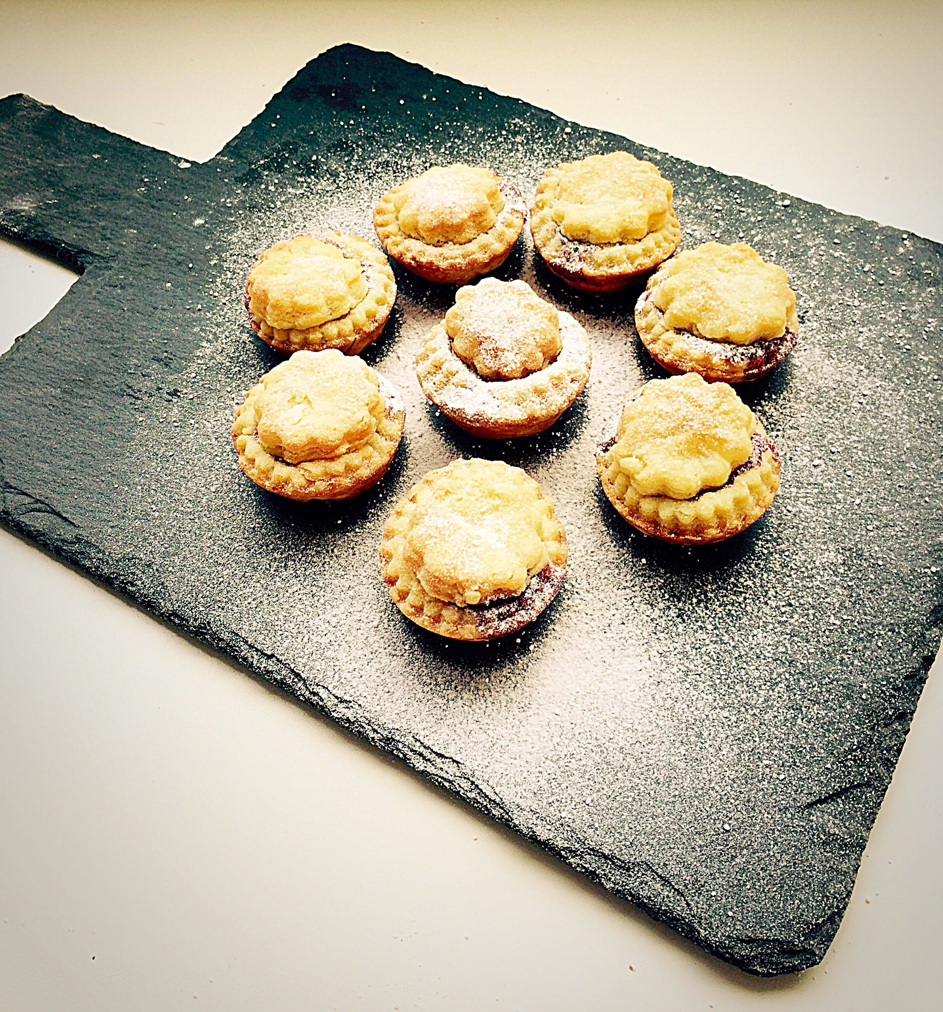 cream cheese pastry mince pies feasting is fun. Black Bedroom Furniture Sets. Home Design Ideas