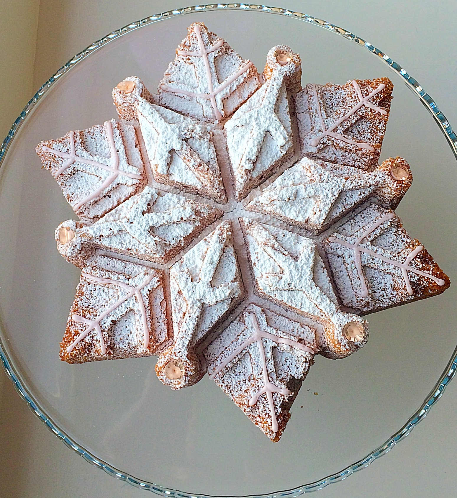 Sparkling Snowflake Cake Feasting Is Fun