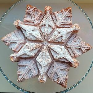 FF Sparkling Snowflake Cake