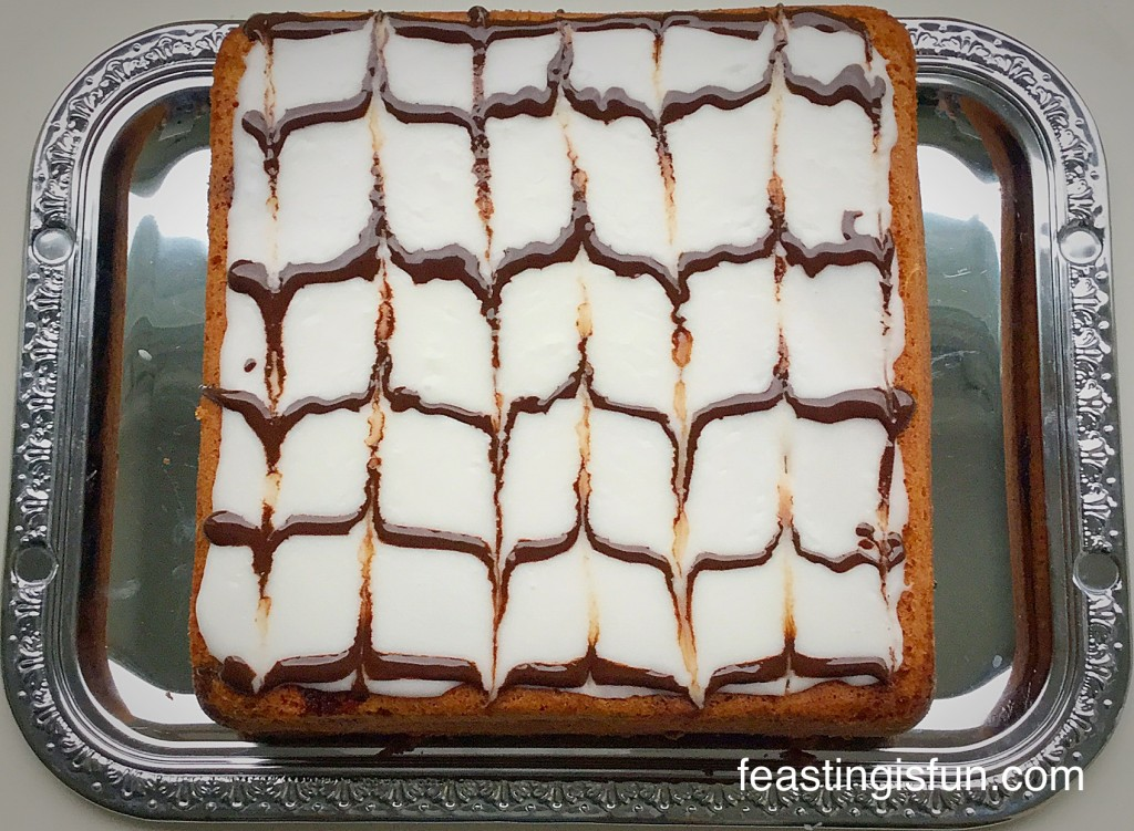 Cherry Almon Sandwich Cake