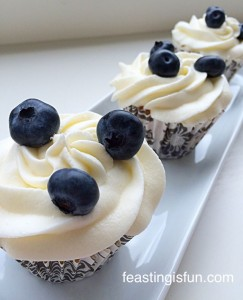 RR Lemon Blueberry Cupcakes