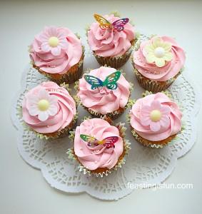 HM Springtime Vanilla Cupcakes