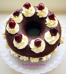 FF Black Forest Giant Doughnut