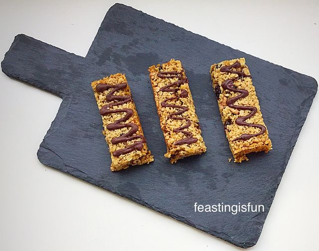 FF Bakewell Shortbread Bars