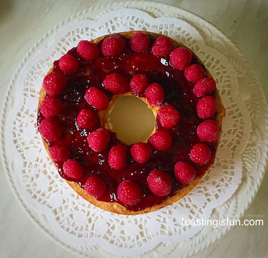 FF Raspberries Cream Giant Doughnut