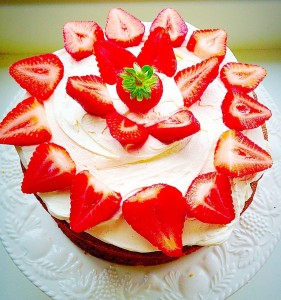 FF Strawberries and Cream Cake