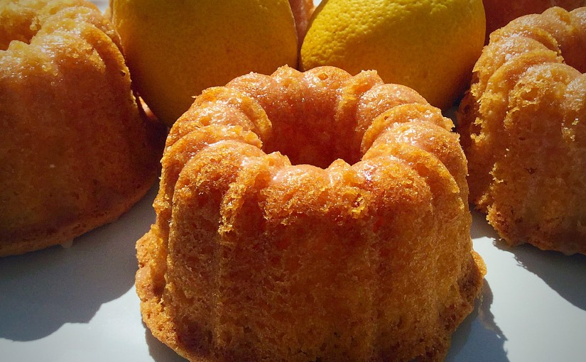 FF Mini Lemon Drizzle Bundt Cakes