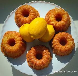 FF Mini Lemon Drizzle Bundt Cakes
