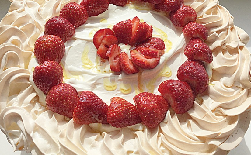 FF Lemony Strawberry Pavlova