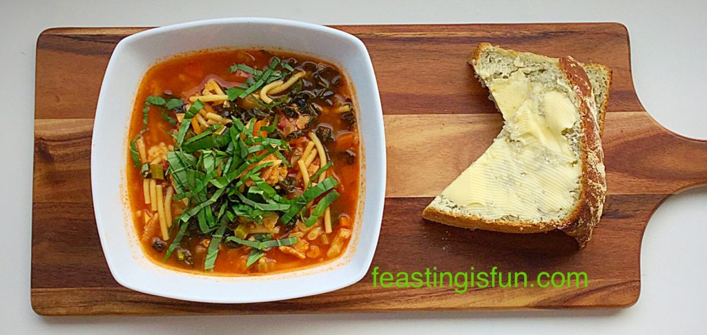 Hearty Minestrone Soup a great one pot, make ahead meal.