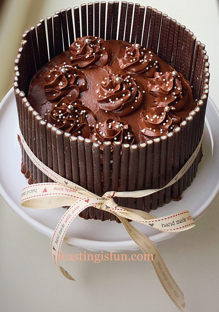 FF Fluted Chocolate Lemon Marble Cake