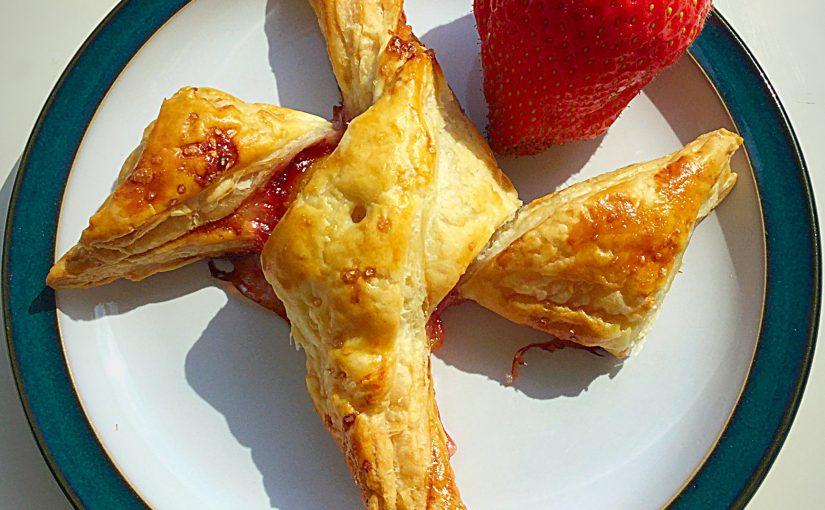 Twisted Fruity Jam Tarts