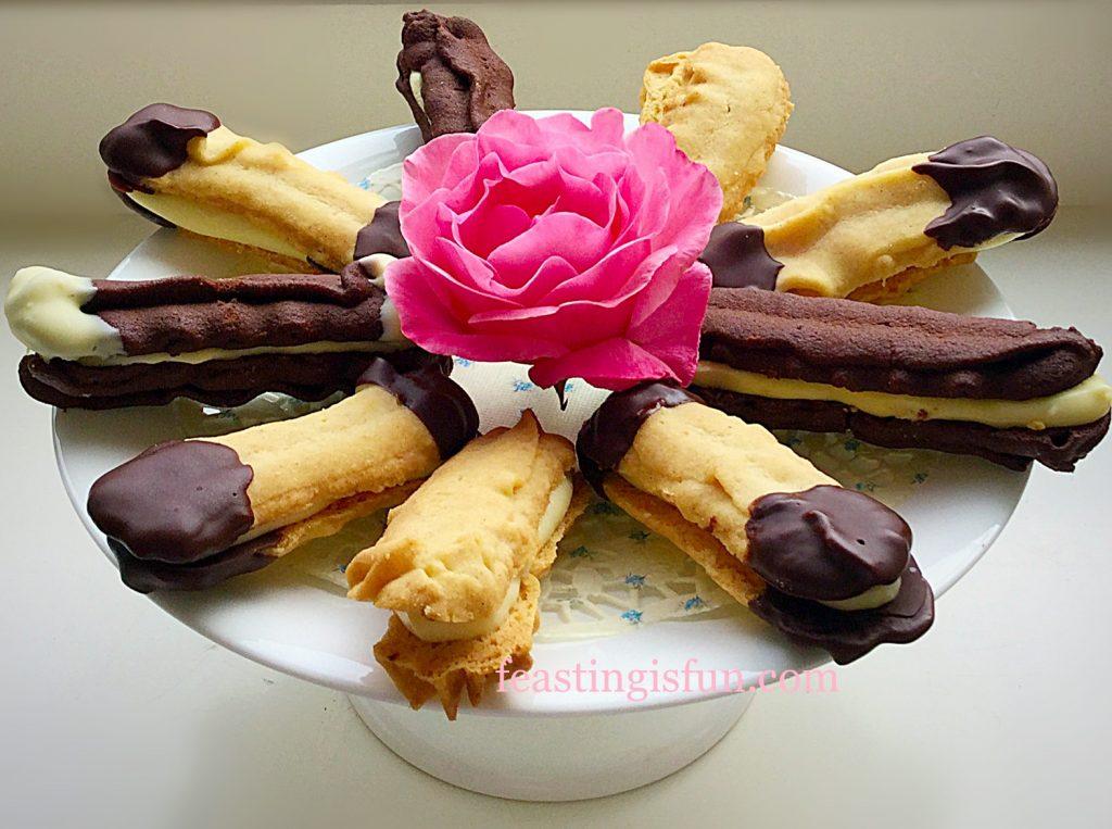 FF Chocolate Vanilla Viennese Finger Biscuirs