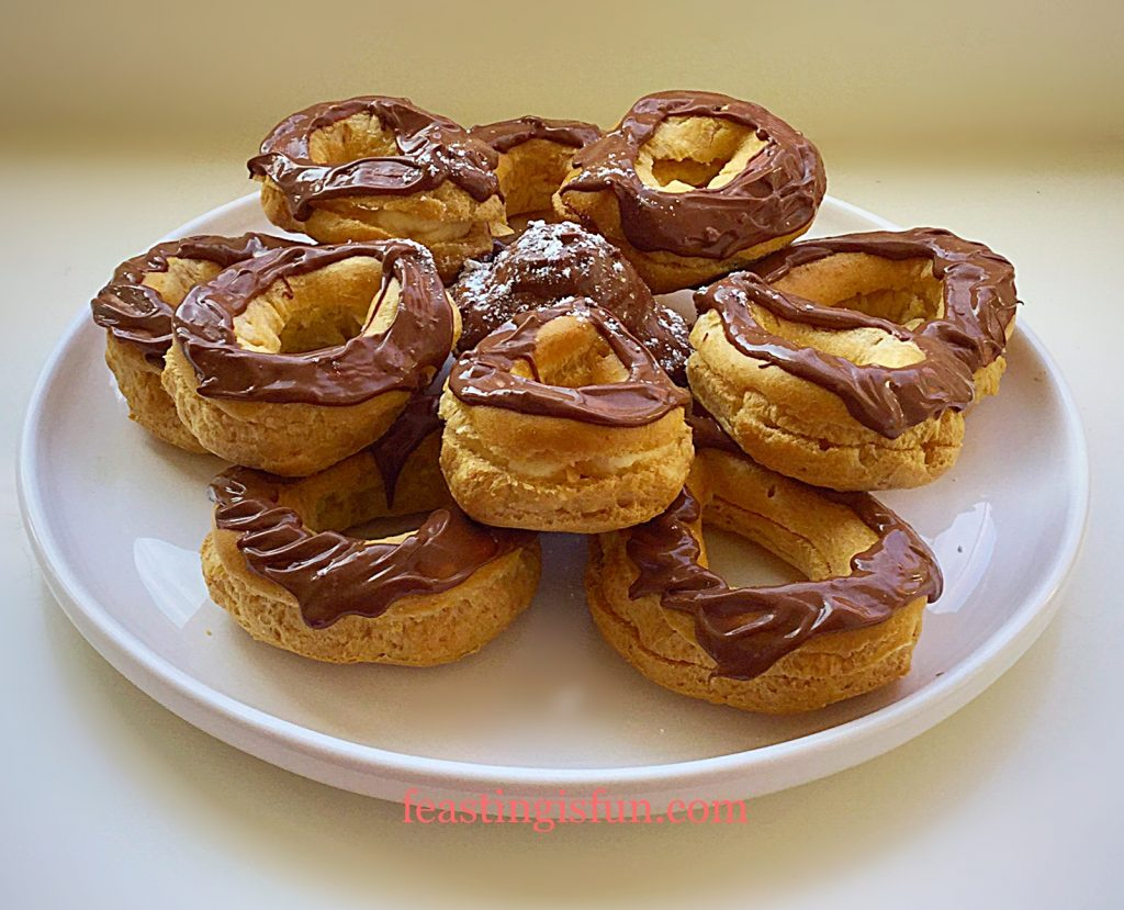 FF Chocolate Share Eclair Flower