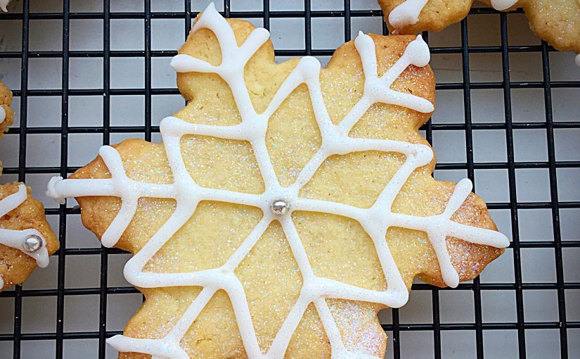 Peppermint Sparkling Snowflake Cookies
