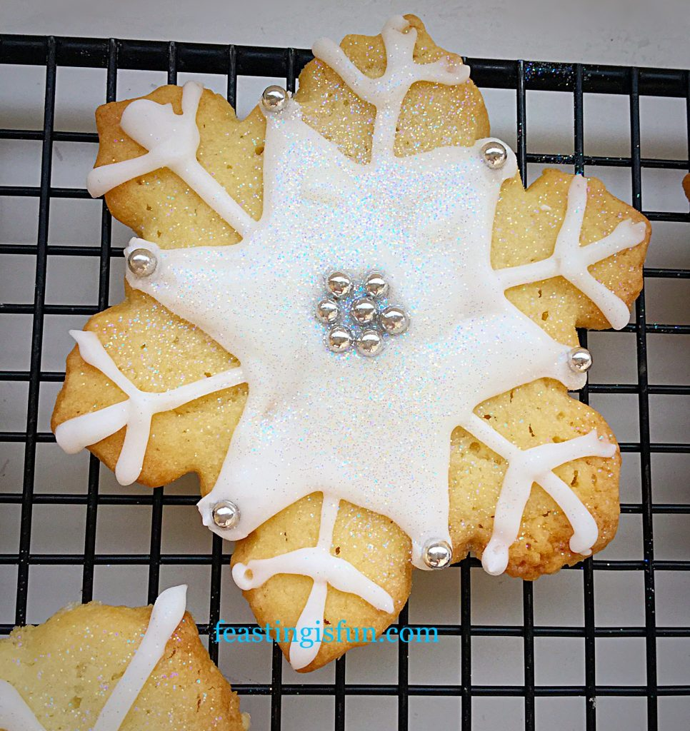 FF Peppermint Sparkling Snowflake Cookies