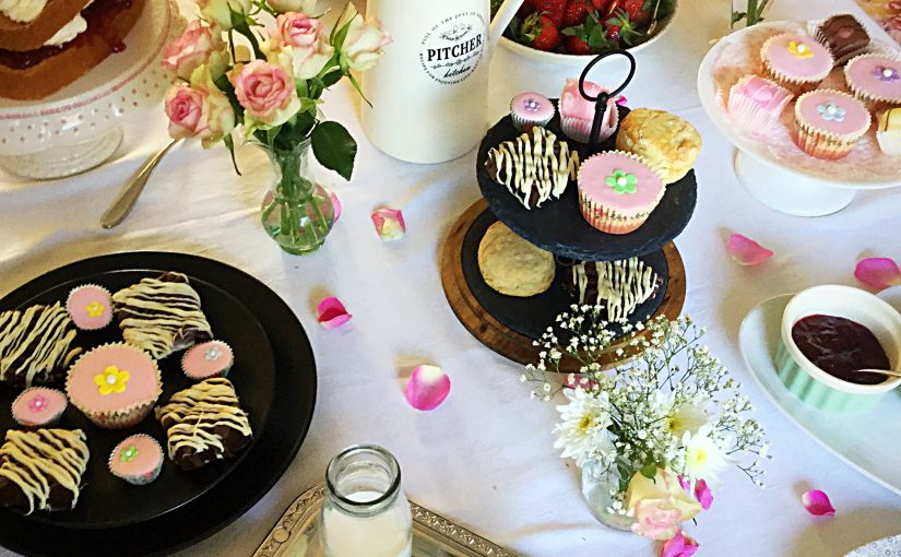 Steamer Trading Host Mother's Day Afternoon Tea