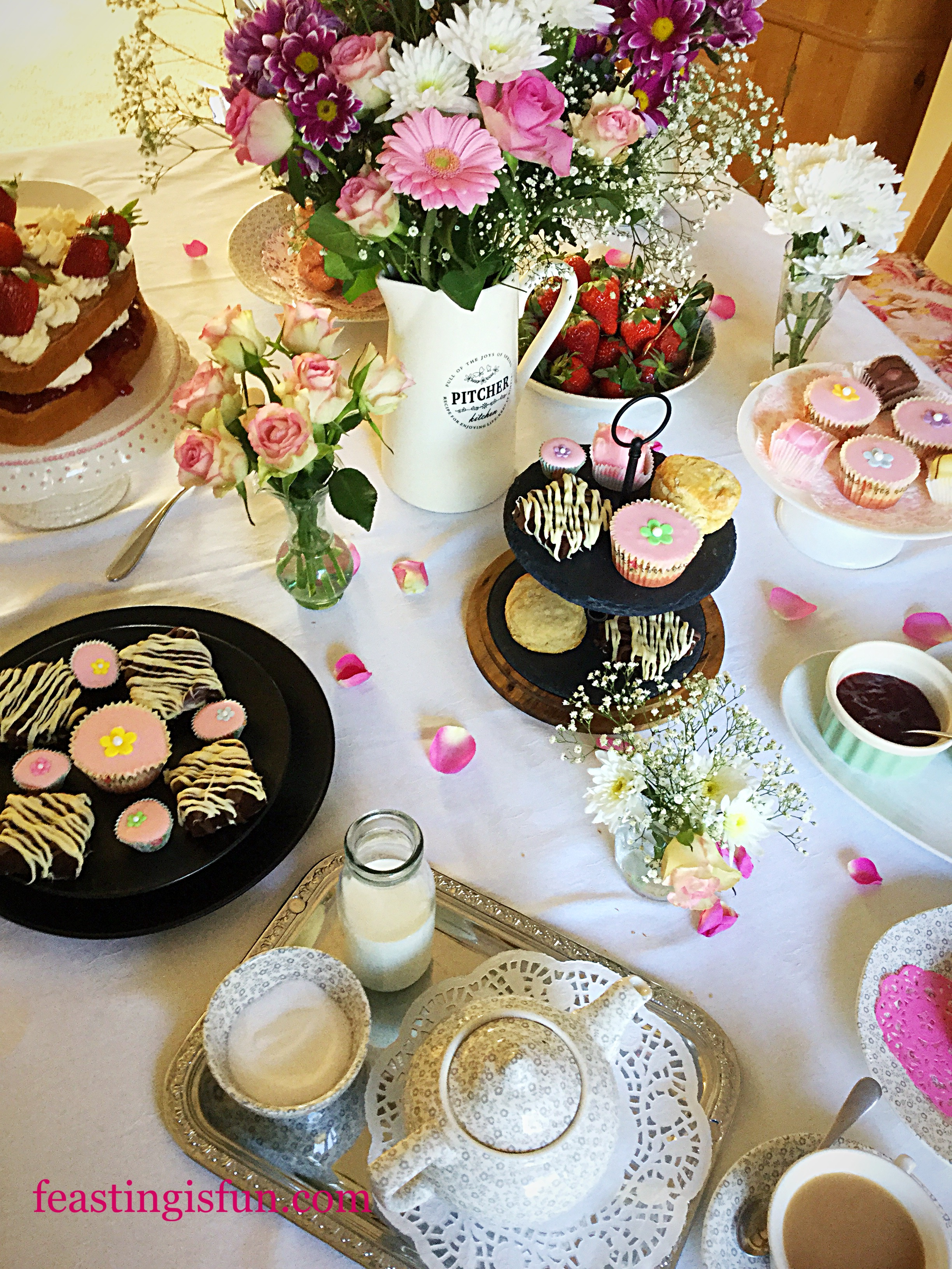 Steamer Trading Host Mother S Day Afternoon Tea Feasting